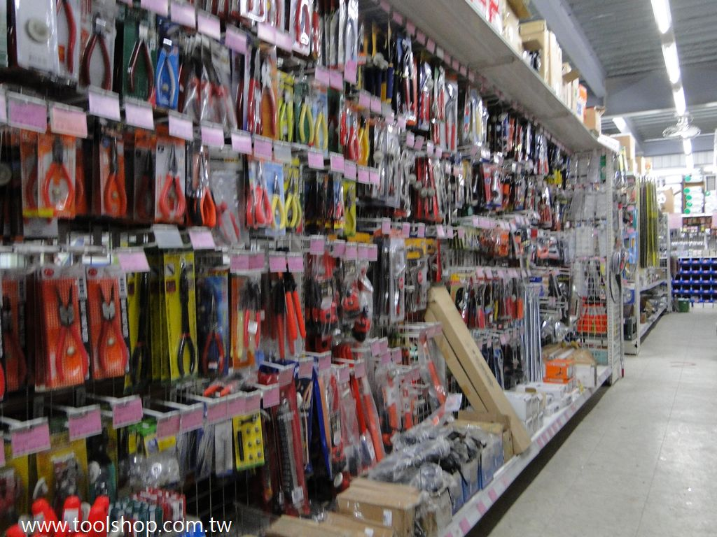 尺類,鋼絲鉗,起子,水管鉗,水管切刀