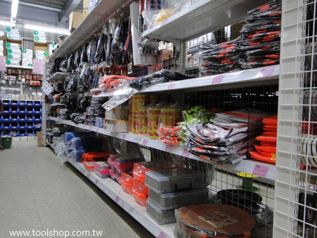 工具箱,工具袋,安全帽,反光背心,警示帶